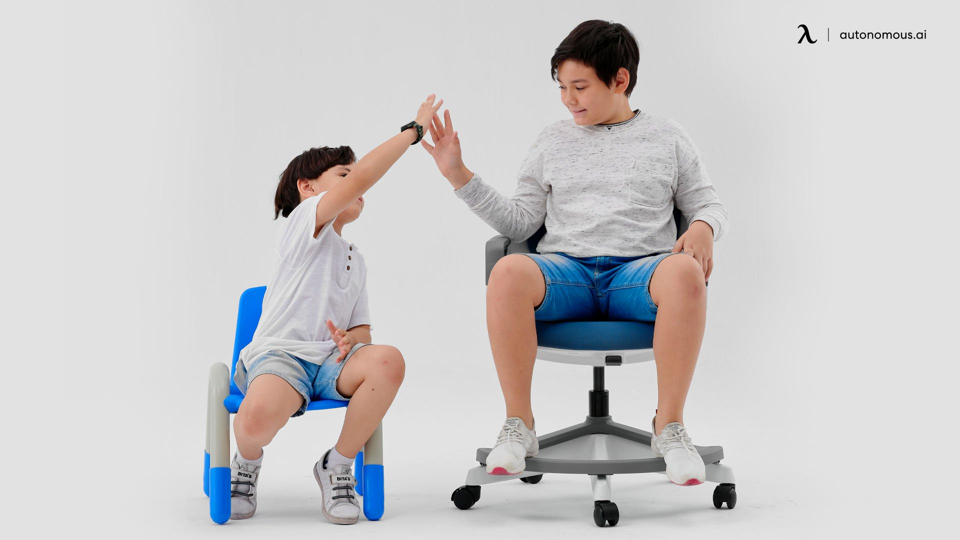Kid's Desk and Chair Dimension Table