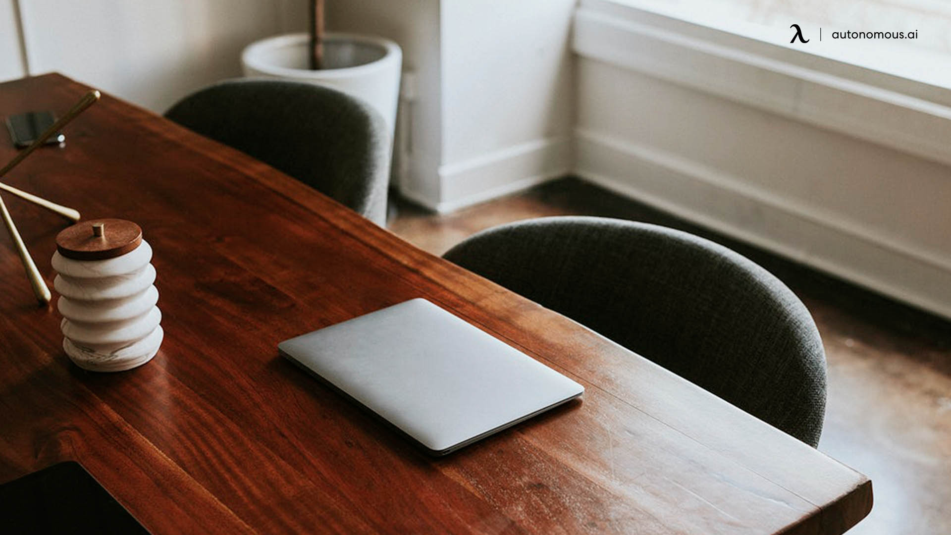 Ergonomic Deskv
