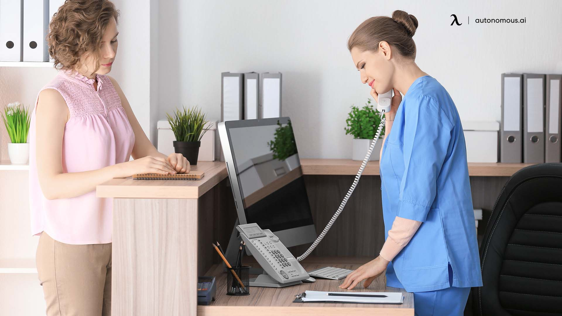 Ergonomic reception desk