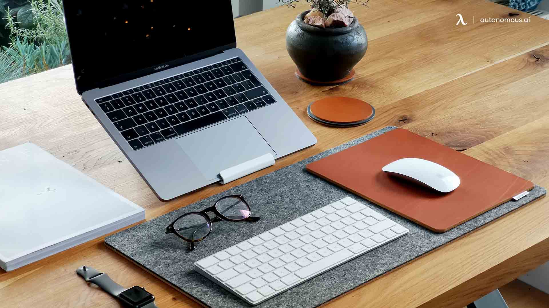 The Best Ergonomic Laptop Setup Guide for Office Workers
