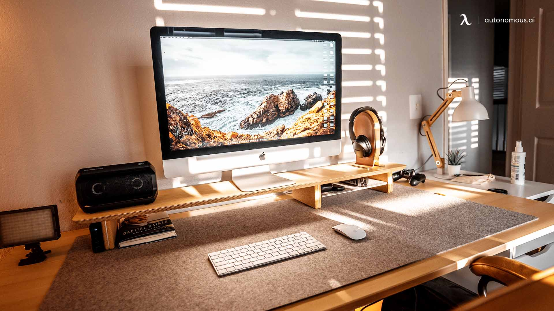 Need for good desk setup lighting