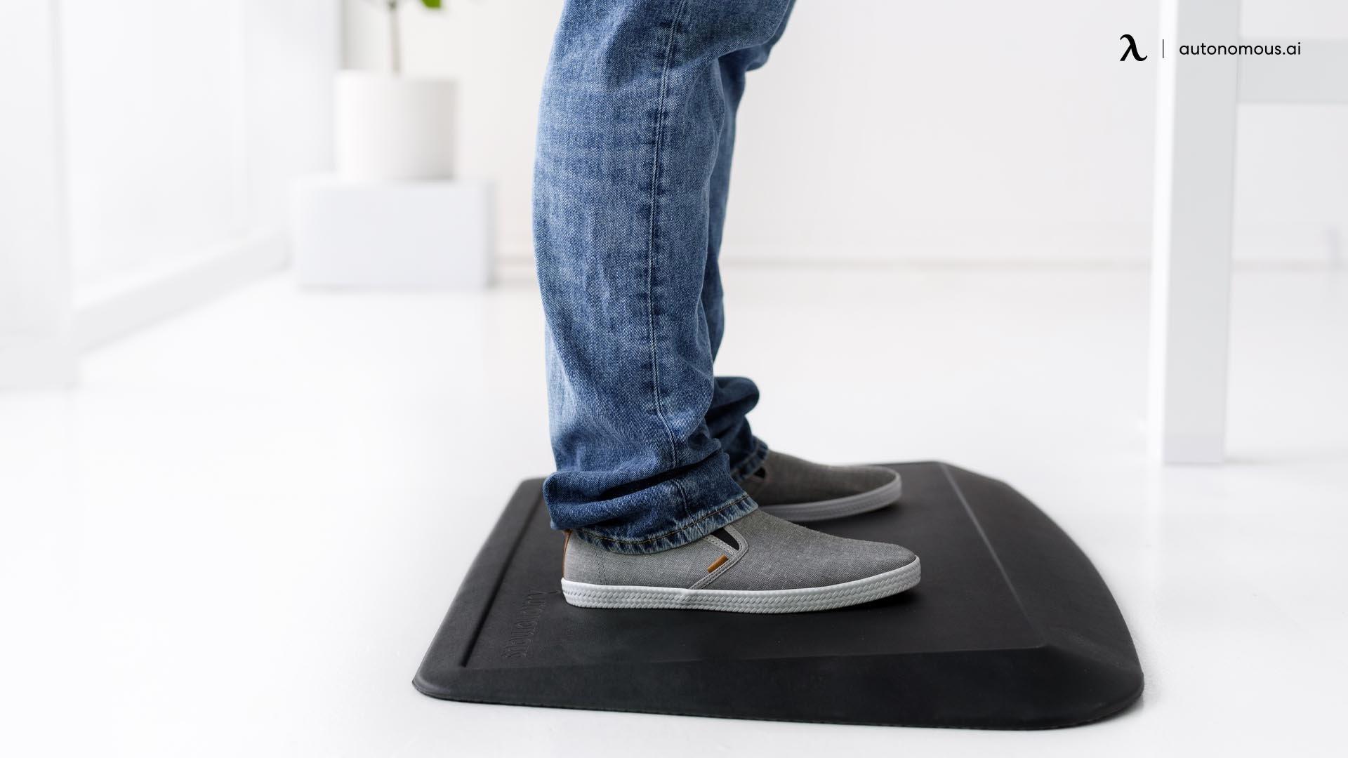 Benefits of Standing Desk Floor Mats