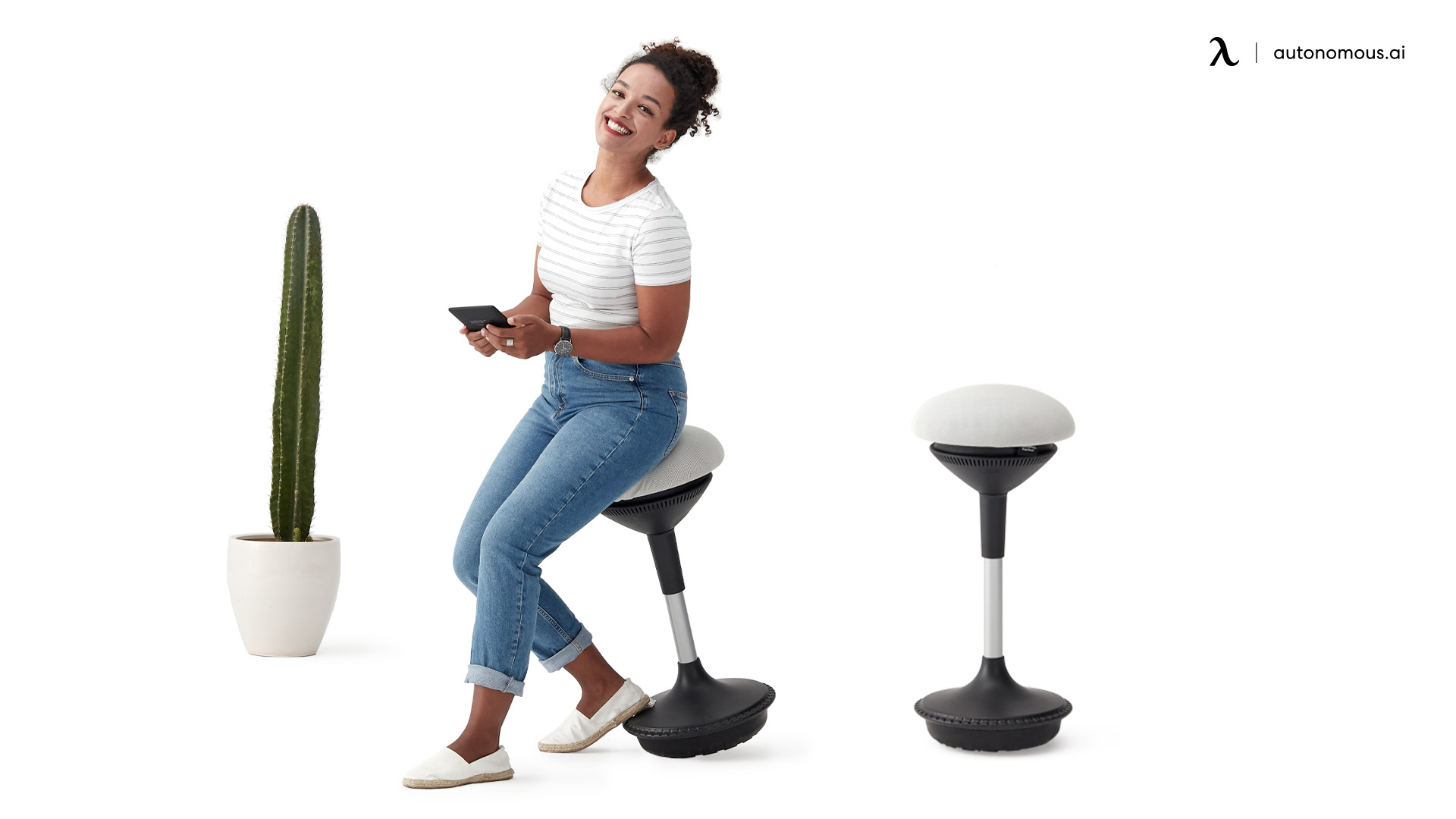 How Does a Saddle Chair Give You a Better Posture?