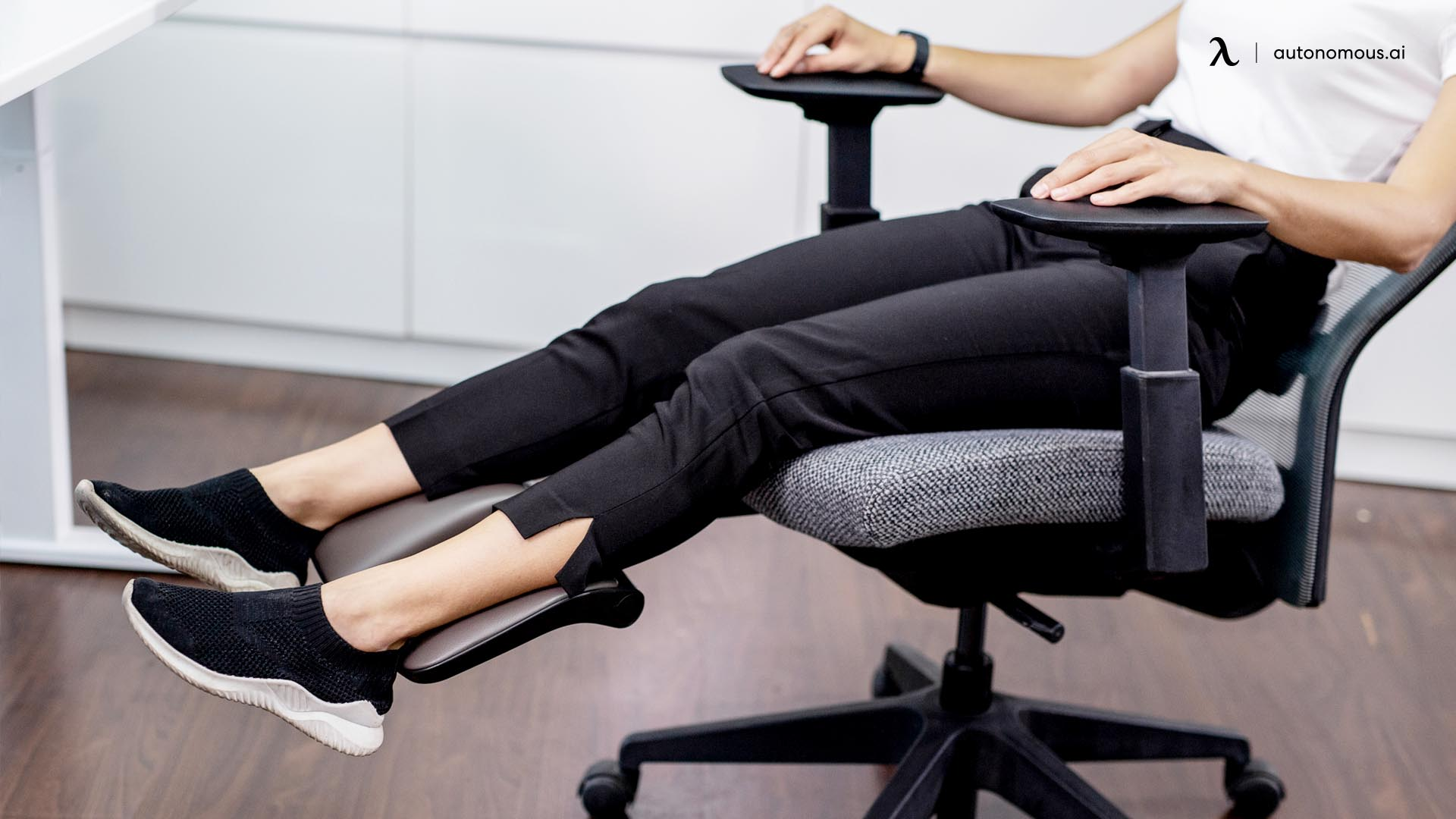 What Helps Make an Office Chair Durable?