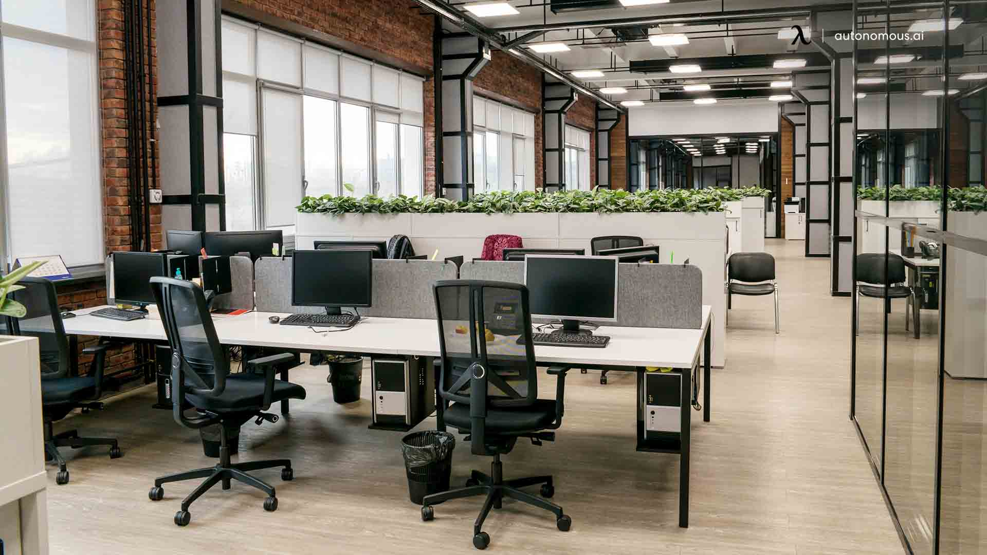 Why Does an Office Layout Matter in a Hybrid Workforce?