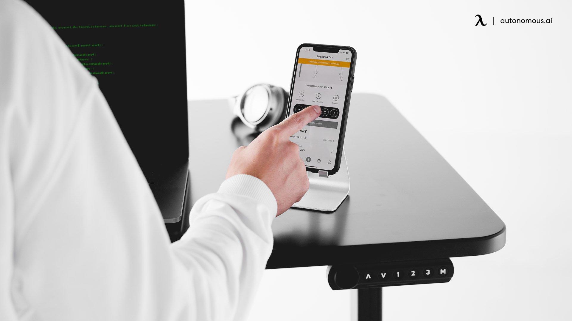 Hybrid Desk.jpg