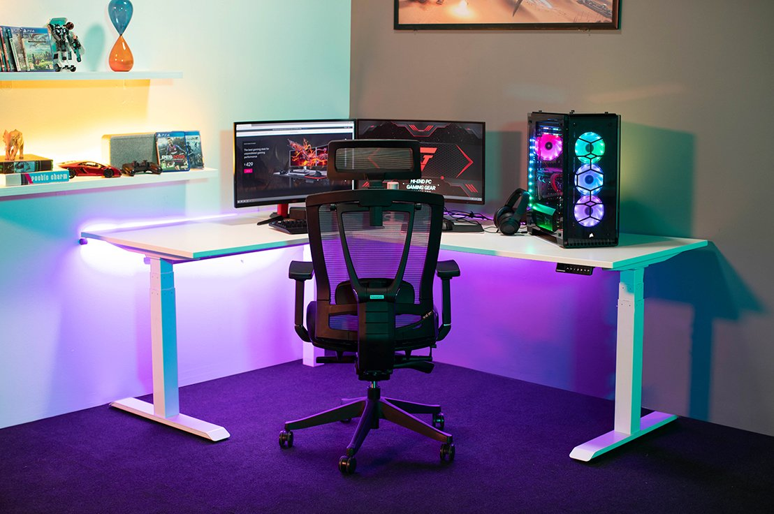 The shape of a Cool Gaming Desk