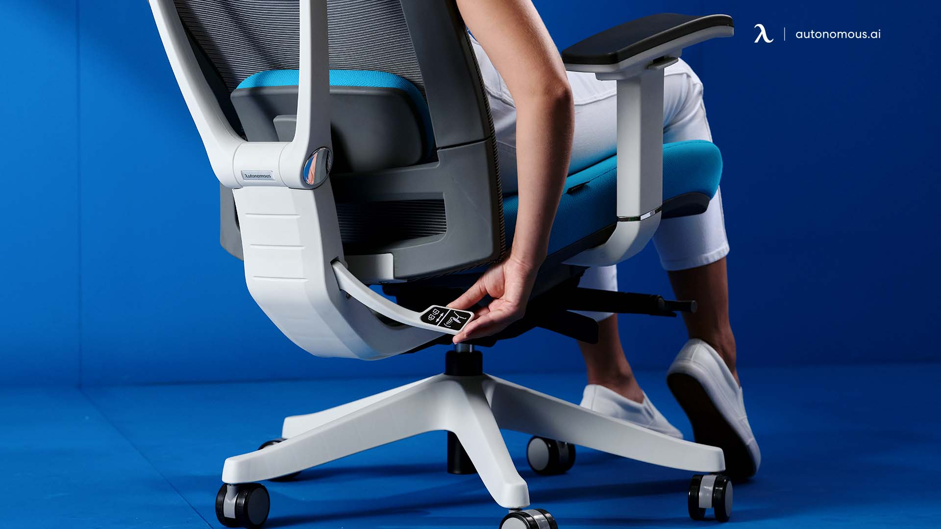 How do Ergonomic Chairs with Lumbar Support Work?