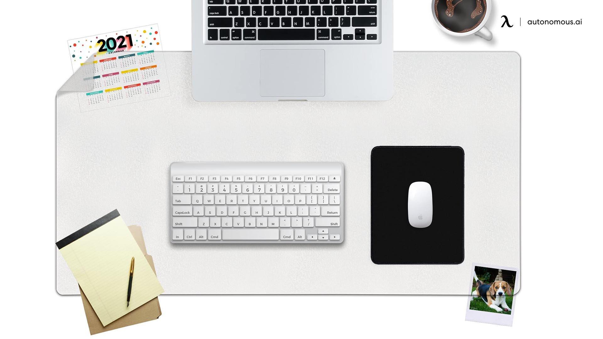Awnour Desk Mat