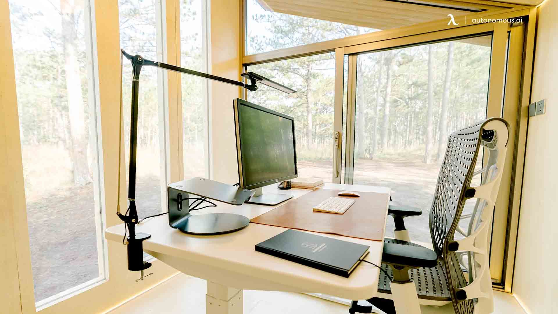 Accessories You Can Add to Your Standing Desk