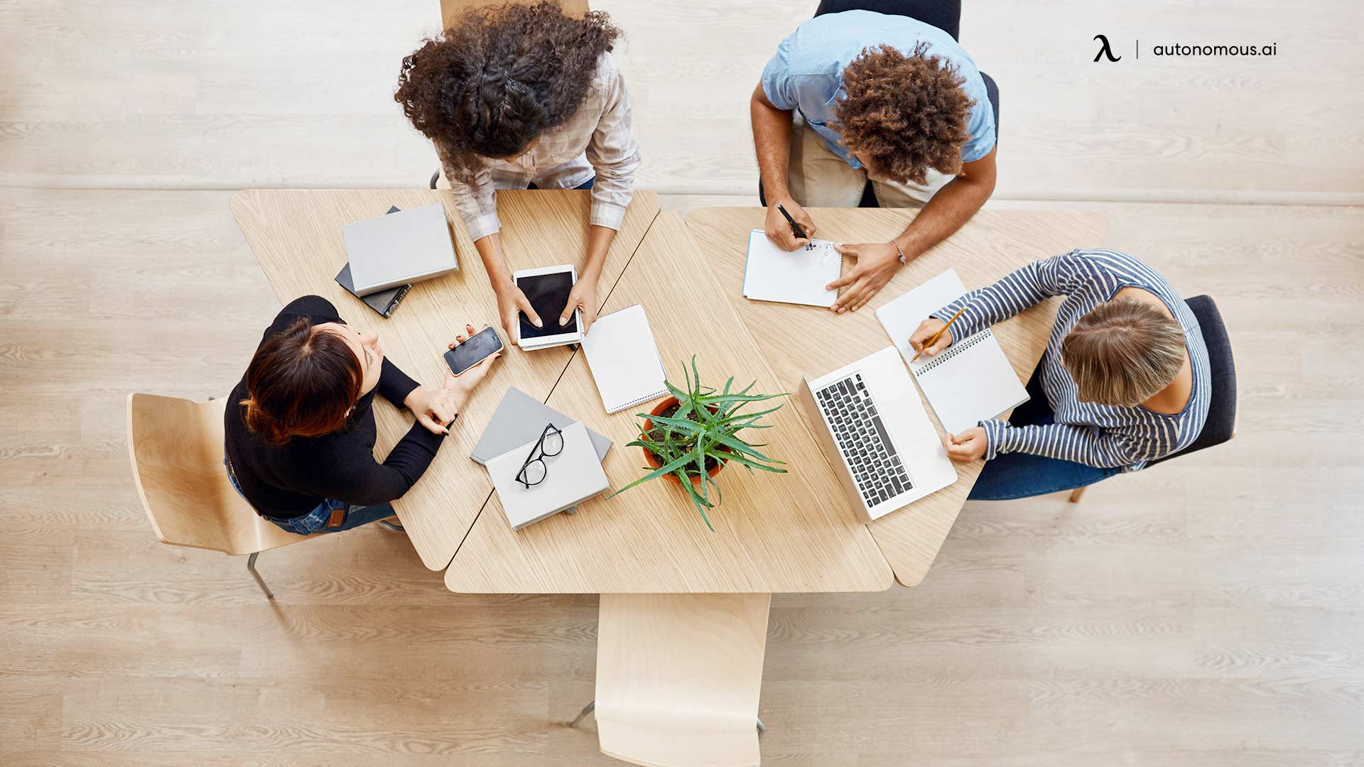 What Should a Hybrid Work Policy Include?