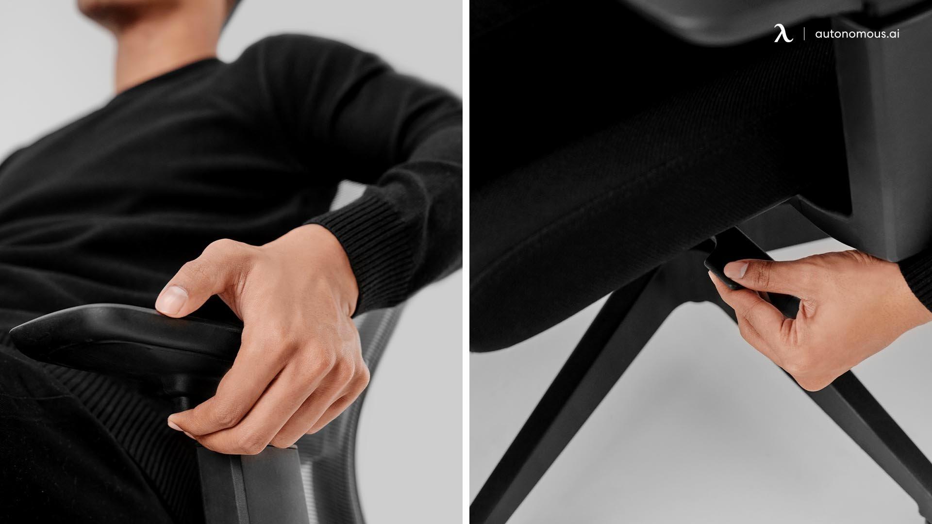 Adjust the Armrests