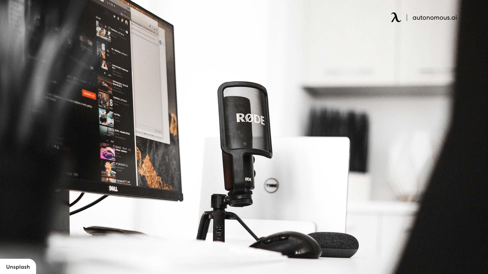 Webcam and Desktop Microphone