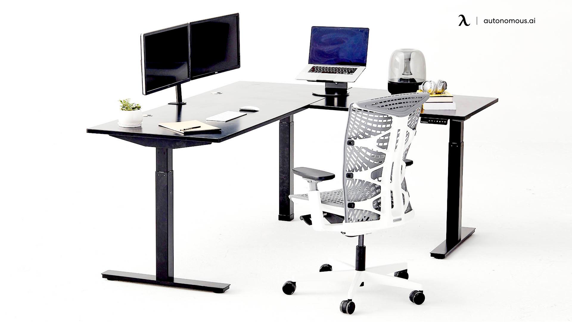 Autonomous Corner office desk set