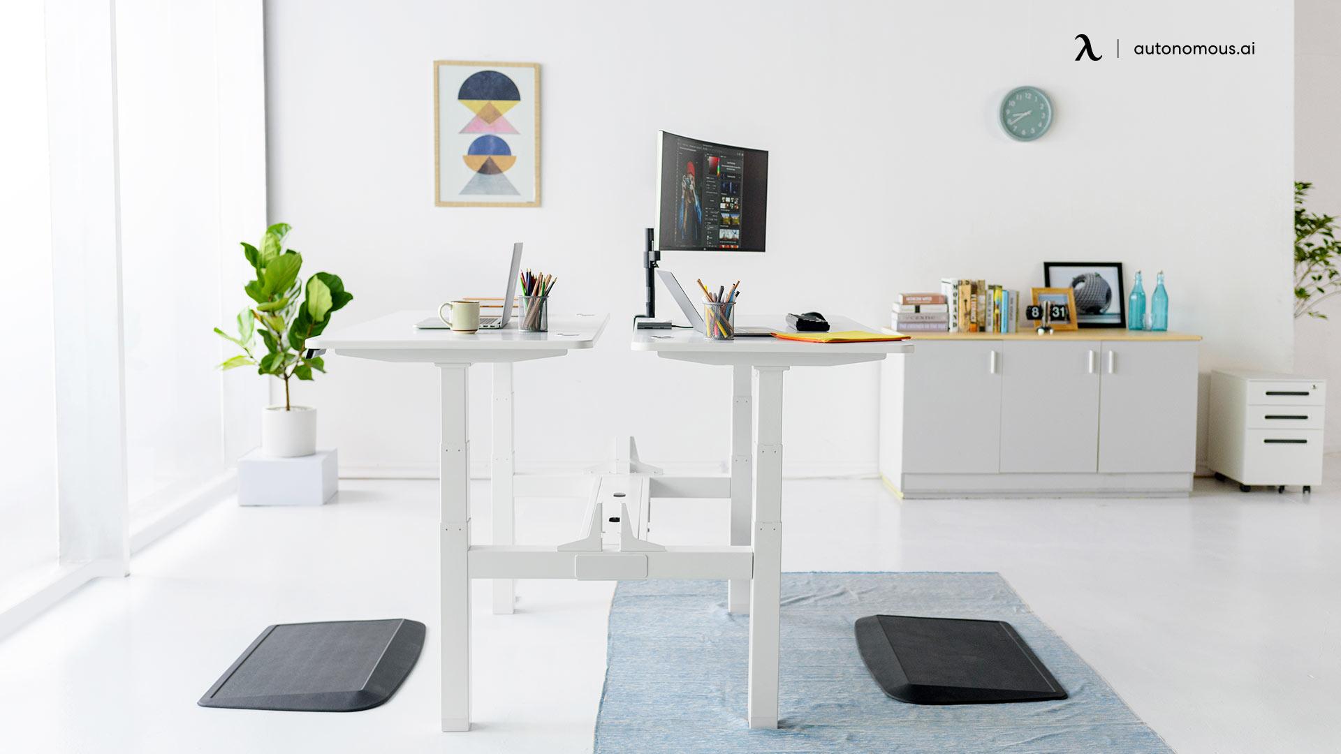 Autonomous Duo office desk set