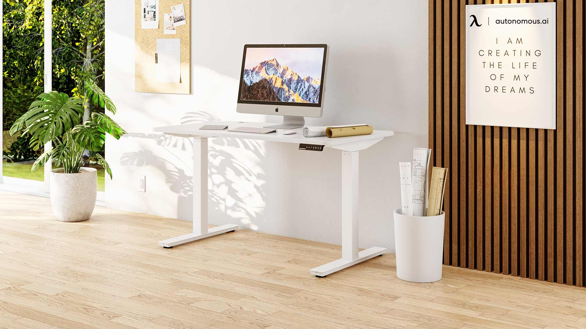 Pick a Work Desk for ergonomic office setup