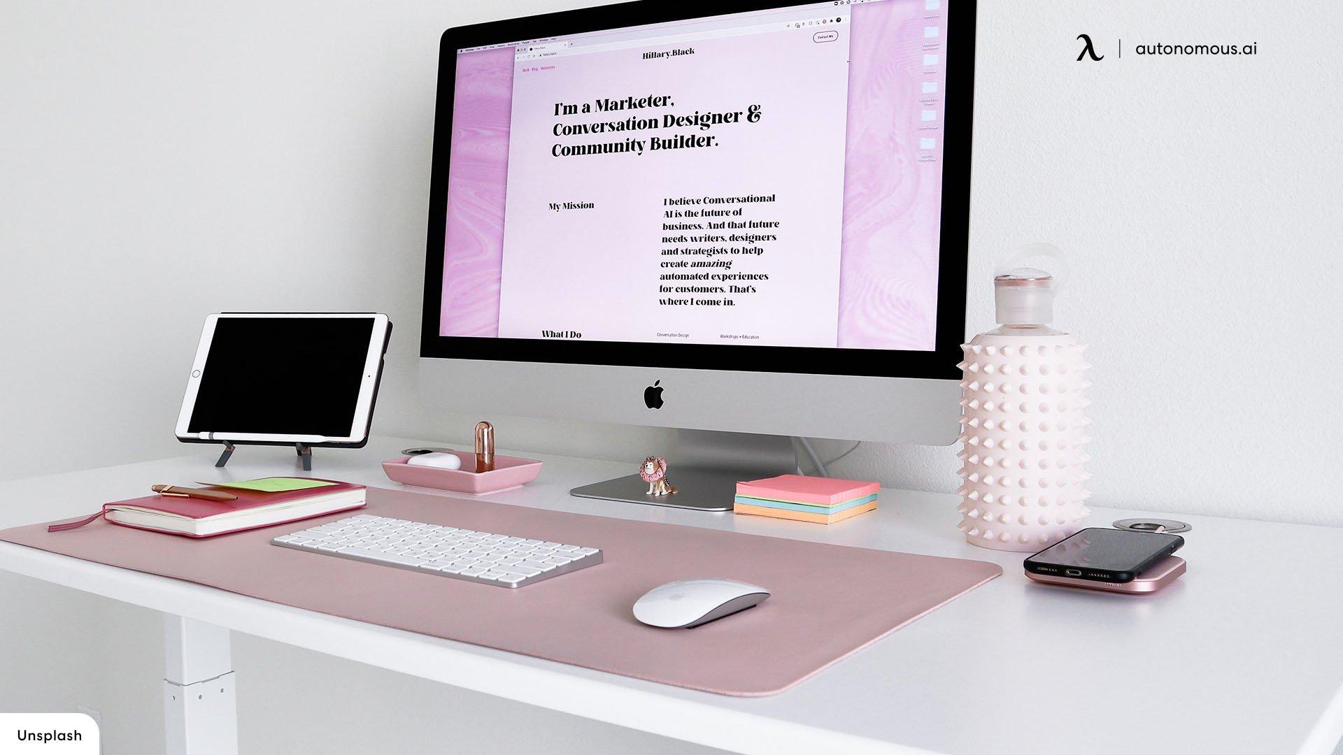 Minimalist Desk in modern home office