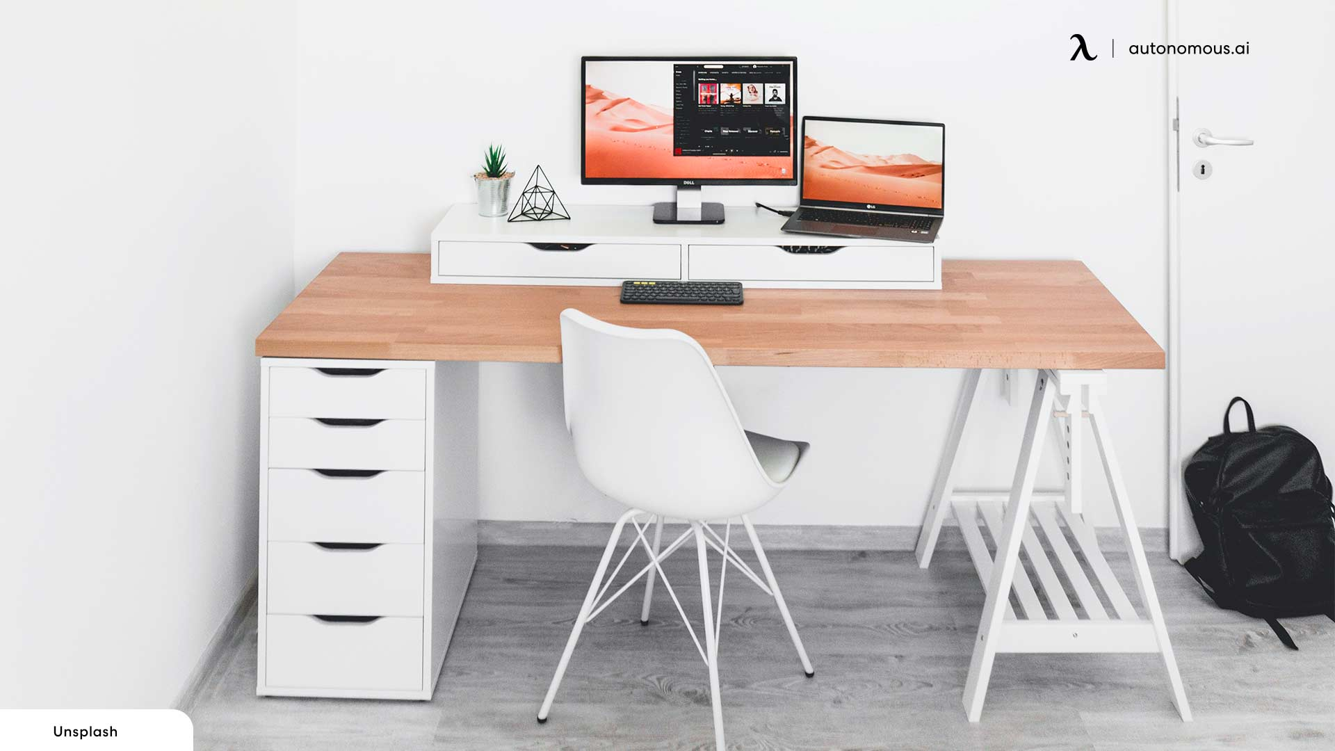 Corner Setup as small office ideas for work