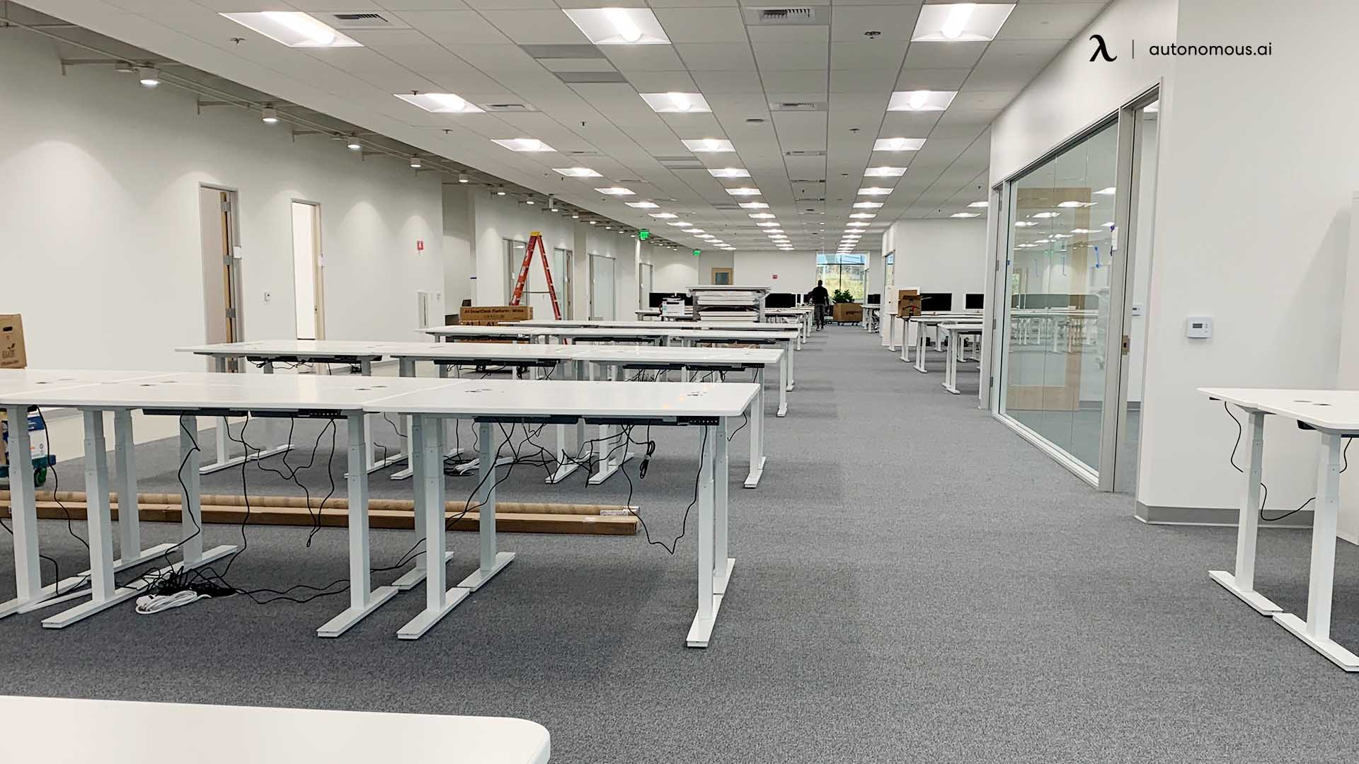 Pros and Cons of Bulk Order for Office Furniture