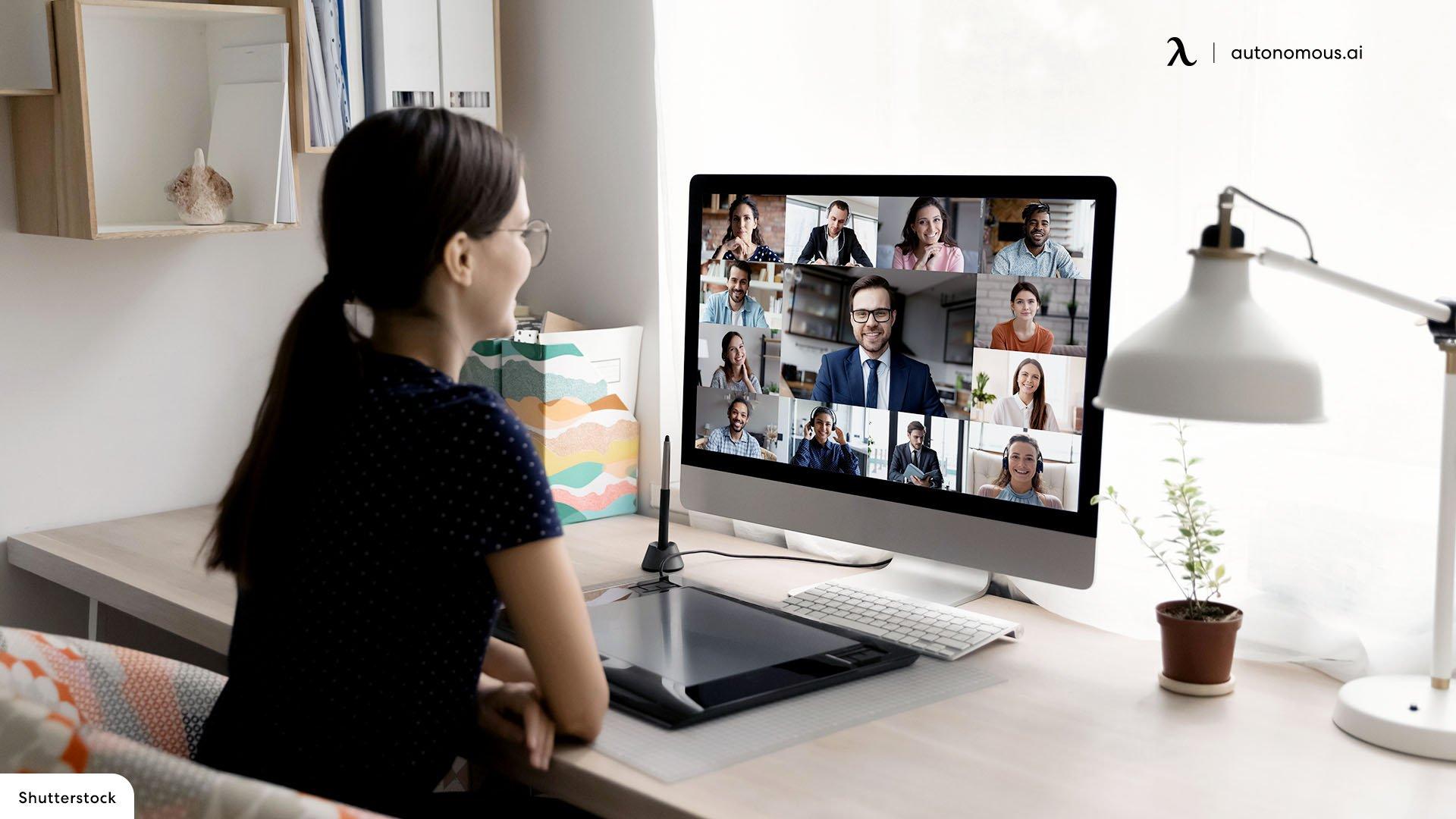 Online training planning in virtual onboarding