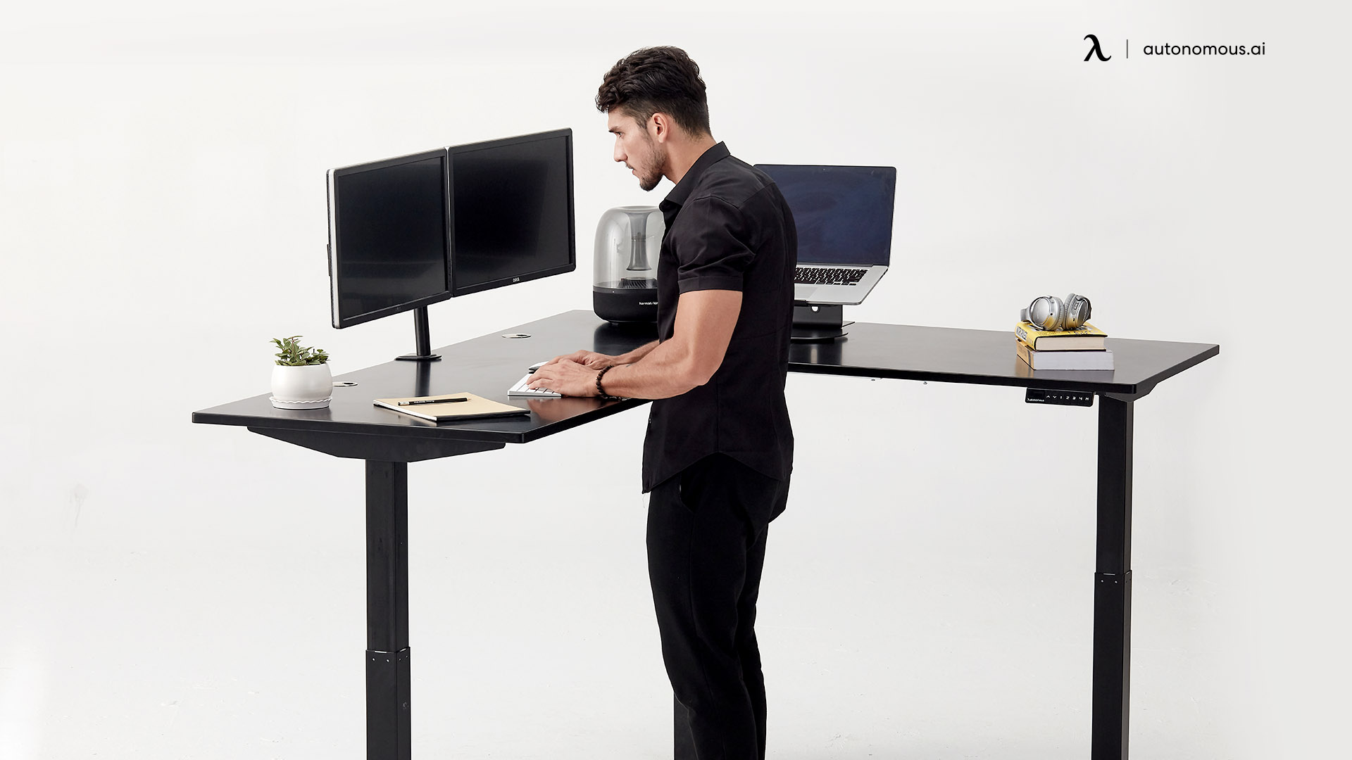 Best Corner Desks For Tall People, Best Standing Desk For Tall Person