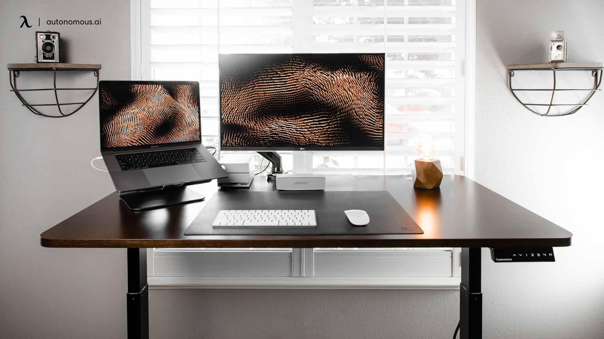 Our Definitive Minimalist Desk Setup Guide